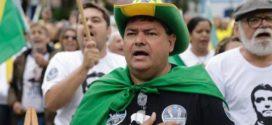 Apoiadores de Bolsonaro focam ato de apoio na defesa contra o Centrão