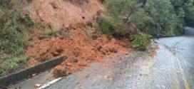 Chuva provoca deslizamentos, alagamentos e inundações em Paraty