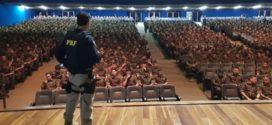 PRF ministra palestra para militares da AMAN