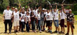 Grupo apaixonado por arco e flecha se reúne há três anos em Volta Redonda