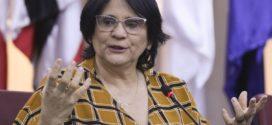 Damares diz que governo tem como prioridade proteger o direito à vida