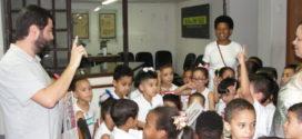 Centro Municipal Cora Coralina visita a redação do DIÁRIO DO VALE