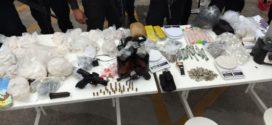 Dois suspeitos mortos e três presos em operação da PM no Santo Antônio