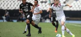 Na reta final do Brasileirão, três grandes seguem ameaçados pelo rebaixamento