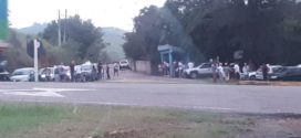 Protesto contra pedágio interrompe trânsito na BR-393, mas PRF libera pistas