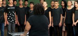 Coral Jovem realiza Cantata de Natal neste sábado em Itatiaia