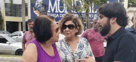 Samuca visita a Feira Livre do bairro Aterrado