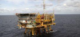 Federação Nacional dos Petroleiros diz que todas as plataformas do litoral paulista aderiram à greve