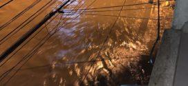 Nível do Rio Barra Mansa sobe e moradores enfrentam mais uma enchente