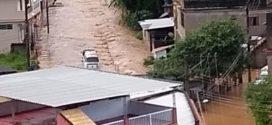Rio Claro é atingida por forte temporal