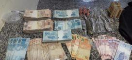 Suspeito de tráfico é preso com mais de R$ 56 mil em Itatiaia