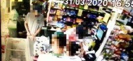 Câmeras de segurança registram assalto em supermercado em Volta Redonda
