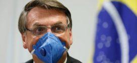 Bolsonaro diz que educação 'está horrível' e que pode escolher novo ministro hoje