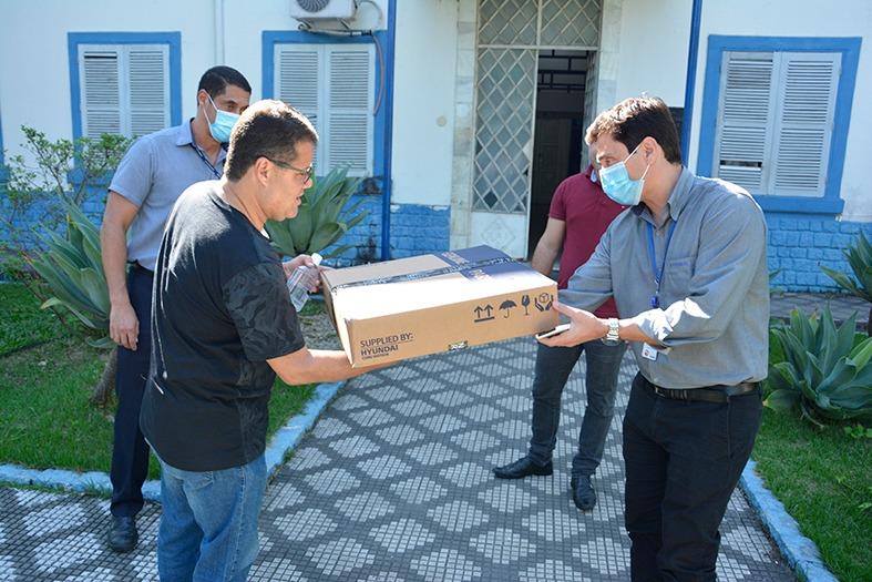 Hyundai doação máscara Itatiaia