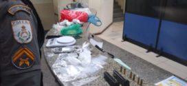 Suspeito de tráfico é preso dentro de condomínio 'Minha Casa Minha Vida' em Três Poços