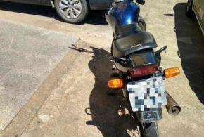 Suspeitos de furtar motocicleta em Volta Redonda são presos em Barra Mansa