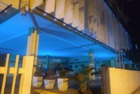 Câmara Municipal de Volta Redonda ilumina sua fachada de azul em alusão ao Dia Mundial de Conscientização ao Autismo