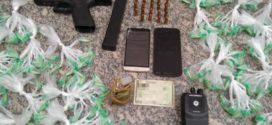 Foragido da Justiça é preso com arma e mais de mil pinos de cocaína em Volta Redonda