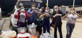 Grupo de amigos da Água Limpa doa alimentos para caminhoneiros e cestas básicas para famílias na quarentena