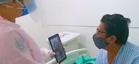 Em Angra, chamadas de vídeo aproximam pacientes e familiares