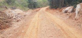 Estradas rurais ganham pavimentação de concreto em Quatis