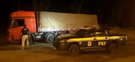PRF apreende carga de cerveja transportada de forma irregular em Barra do Piraí