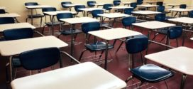 Witzel sanciona lei que reduz mensalidades escolares em todo estado
