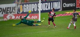 Flamengo vence Fluminense e abre vantagem na final do Carioca
