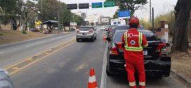 Motociclista fica ferido em acidenteenvolvendo três veículos