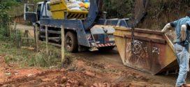 Guarda Ambiental de Barra Mansa flagra empresa despejando entulho em via pública