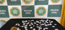 Polícia Civil prende suspeitas de tráfico de drogas, em Barra Mansa