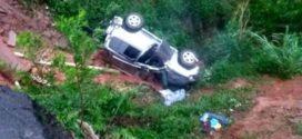 Veículo cai em ribanceira e deixa um ferido, em Rio Claro