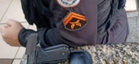 PM apreende pistola no bairro Estamparia