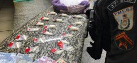 PM apreende material do tráfico após fuga de suspeito, em Porto Real