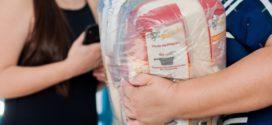 Alunos da rede pública de Volta Redonda recebem nova remessa dos kits de alimentação