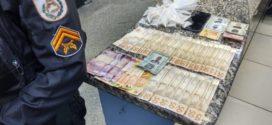 Trio é preso com drogas em Barra Mansa