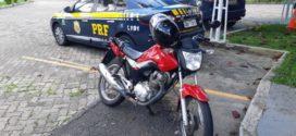 Motociclista é flagrado com moto furtada e maconha na Via Dutra