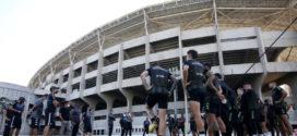Muros do Engenhão e da Sede do Botafogo são pichados com ameaças de morte