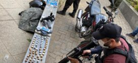 Suspeitos de integrarem facção criminosa são detidos pela PM com armas, munições e drogas em Três Rios