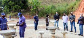 Rodrigo Drable e Fátima Lima visitam obras em Barra Mansa