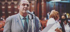 Alerj aprova PEC que incentiva inclusão social, por meio de equiparação para intérpretes de Libras