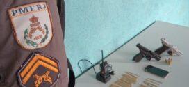 PM prende dupla suspeita de homicídio com arma e drogas no Santo Agostinho