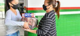 Estudantes da rede municipal de ensino de Porto Real recebem kit de segurança alimentar
