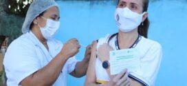 Itatiaia inicia imunização contra a Covid-19 em profissionais da educação e moradores