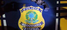 Homem é preso por porte ilegal de arma de fogo na Dutra em Itatiaia