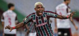 Em noite de John Kennedy, Fluminense derrota o Flamengo e encosta no G-6
